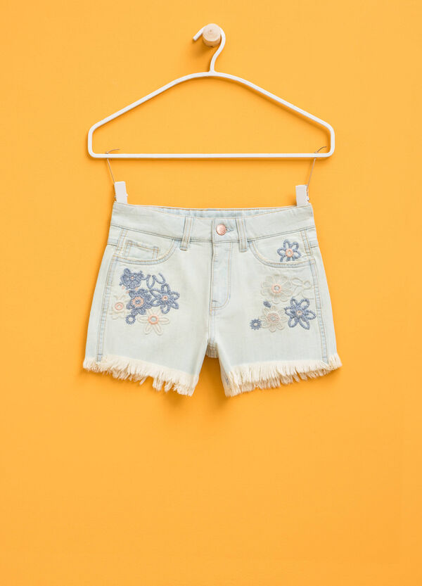Stretch denim shorts with floral embroidery | OVS