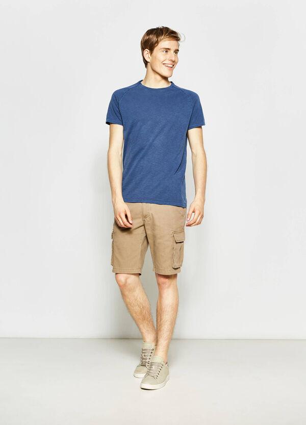 Regular-fit, stretch cargo chino Bermuda shorts | OVS