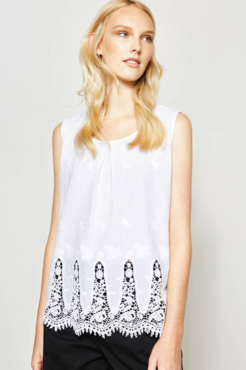 Viscose top with lace and embroidery