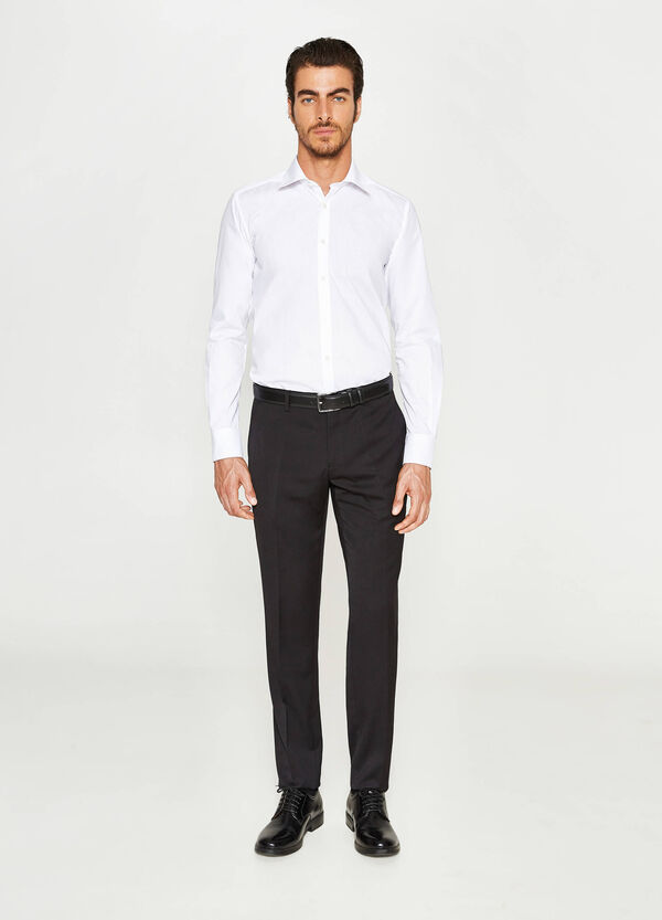 Elegant custom fit trousers with crease | OVS