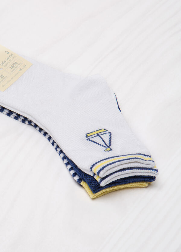 Three-pack stretch patterned socks   OVS