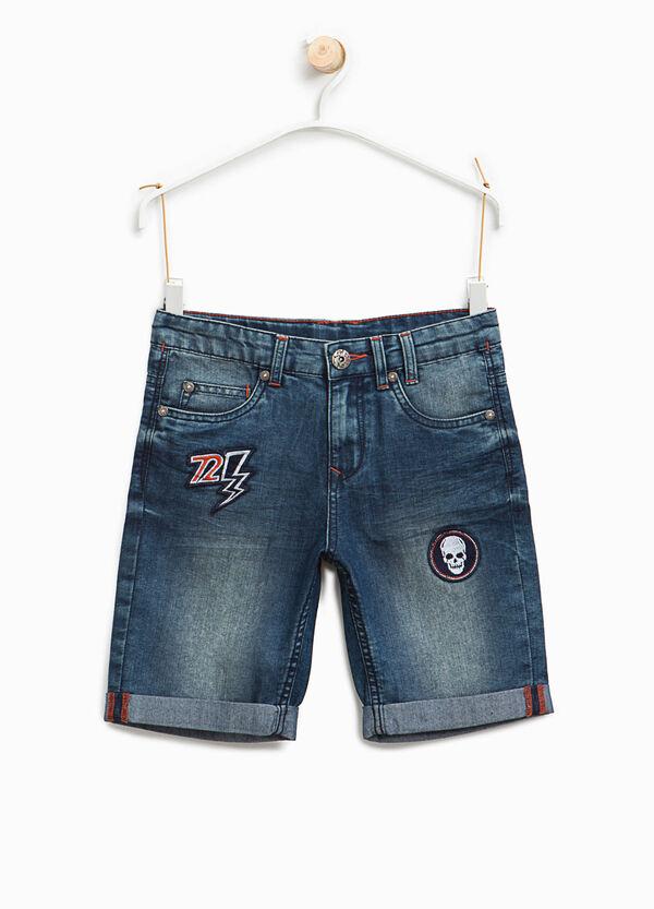 Bermuda di jeans con patch | OVS